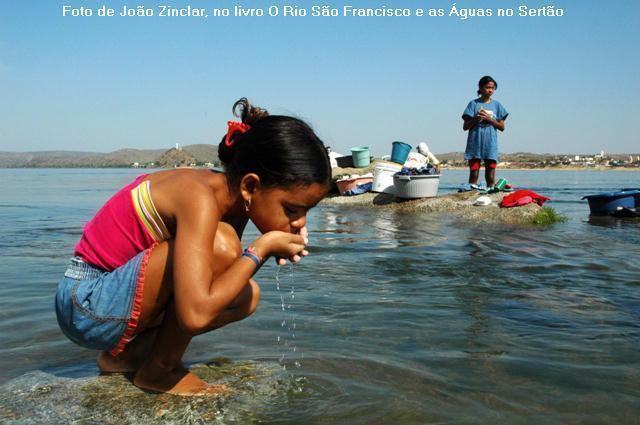 acesso à agua