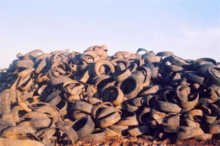 lixão de pneus