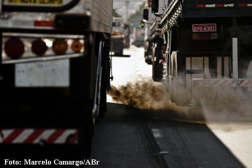 poluição - caminhões