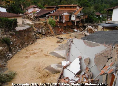 deslizamentos em Teresópolis