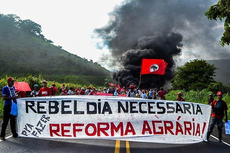 Rebeldia necessária pra fazer reforma agrária