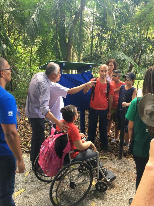 1ª trilha com trecho para cadeirantes e deficientes visuais na região é inaugurada em Cachoeiras de Macacu, RJ