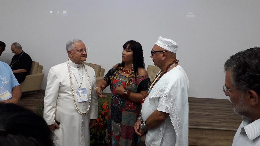 O congraçamento de crenças em busca da tese eclesial do Papa, a ecologia integral.