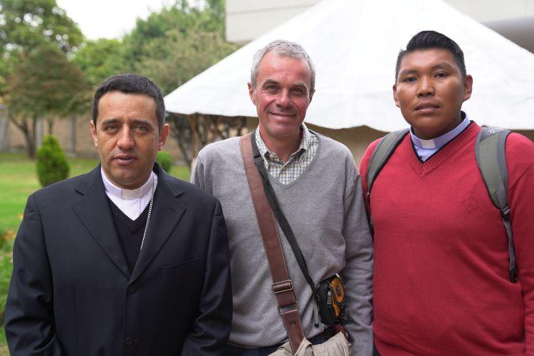Bispo Joaquim Pinzon, da amazônia colombiana, Cristiano Morsolin e um assessor do Bispo