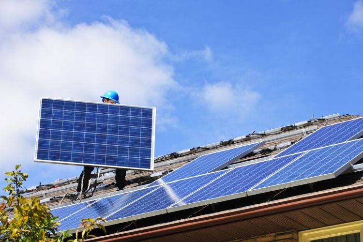 instalação de placa solar