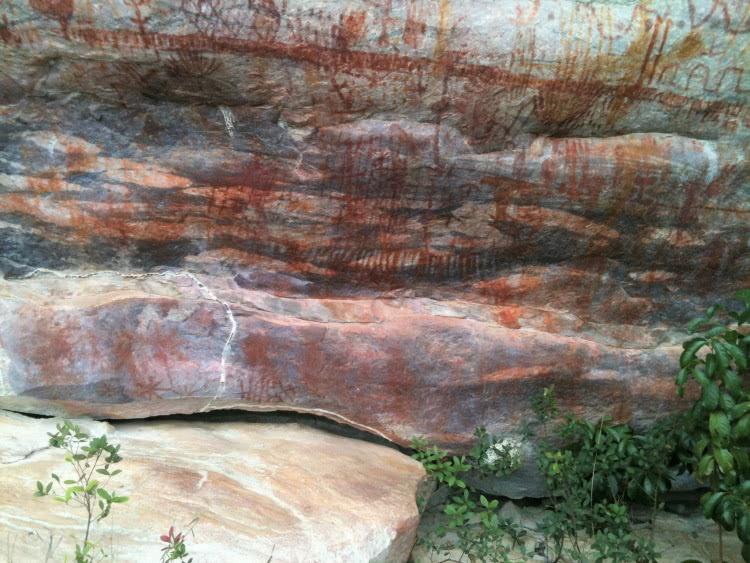 A Chapada, também abriga sítios de importância arqueológica, como em Piatã